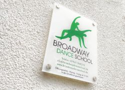 BroadwayDanceSchool.jpg